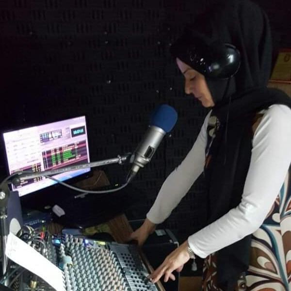 Nalan'la Türküler Bizi Anlatır